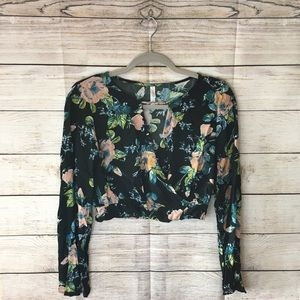 Medium Black Floral Crop Top with Long Bell Sleeve